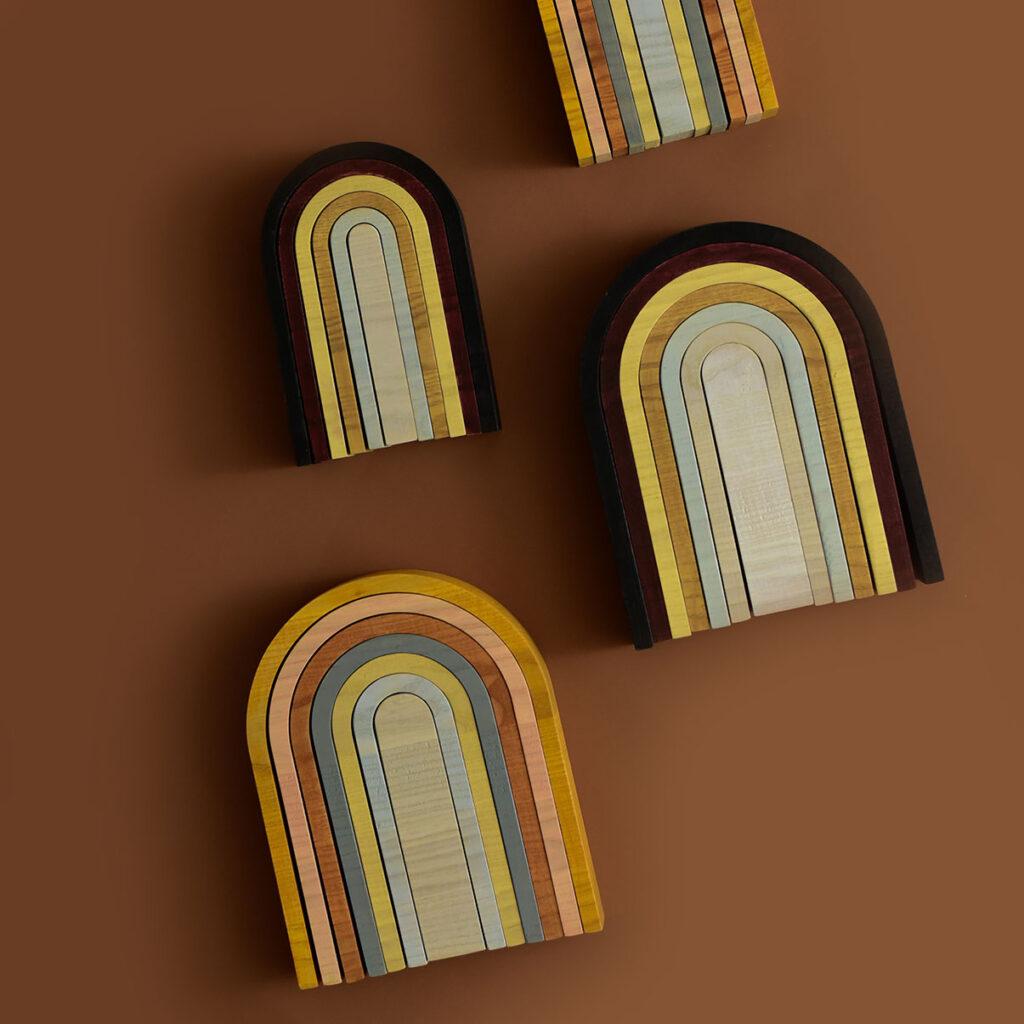 minmin houten regenboog aarde en pastel
