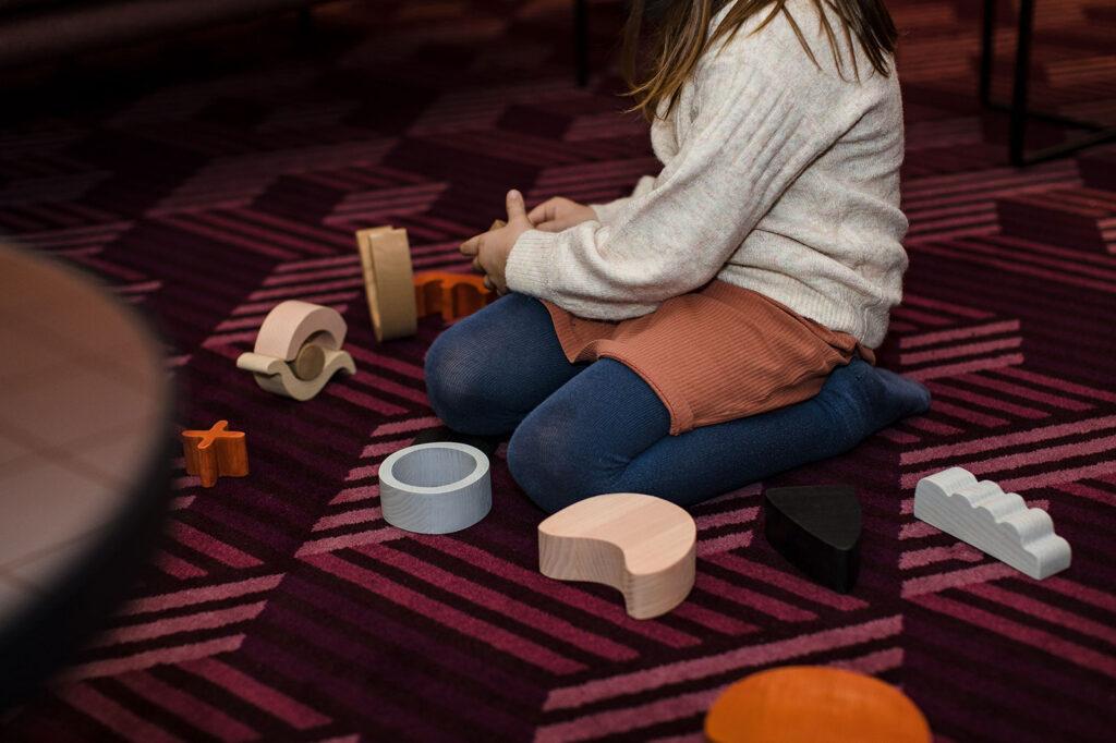 minmin abstracte houten bouwblokken